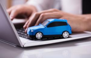 cotizando seguro para auto