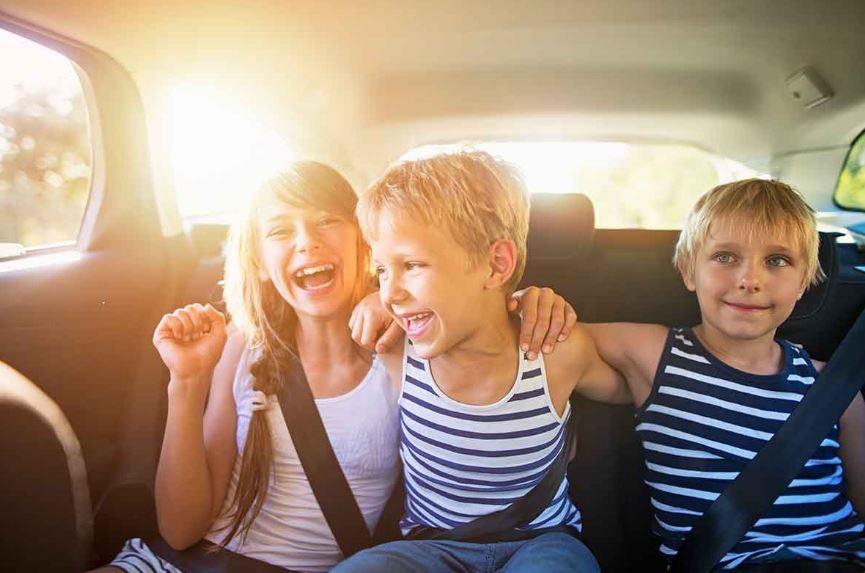 Divertidos juegos de viaje por carretera para adultos