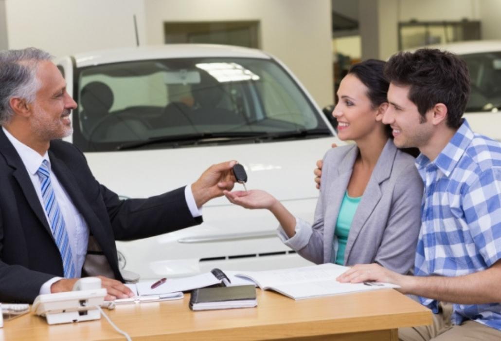 ¿Cómo reducir la prima del seguro de auto?